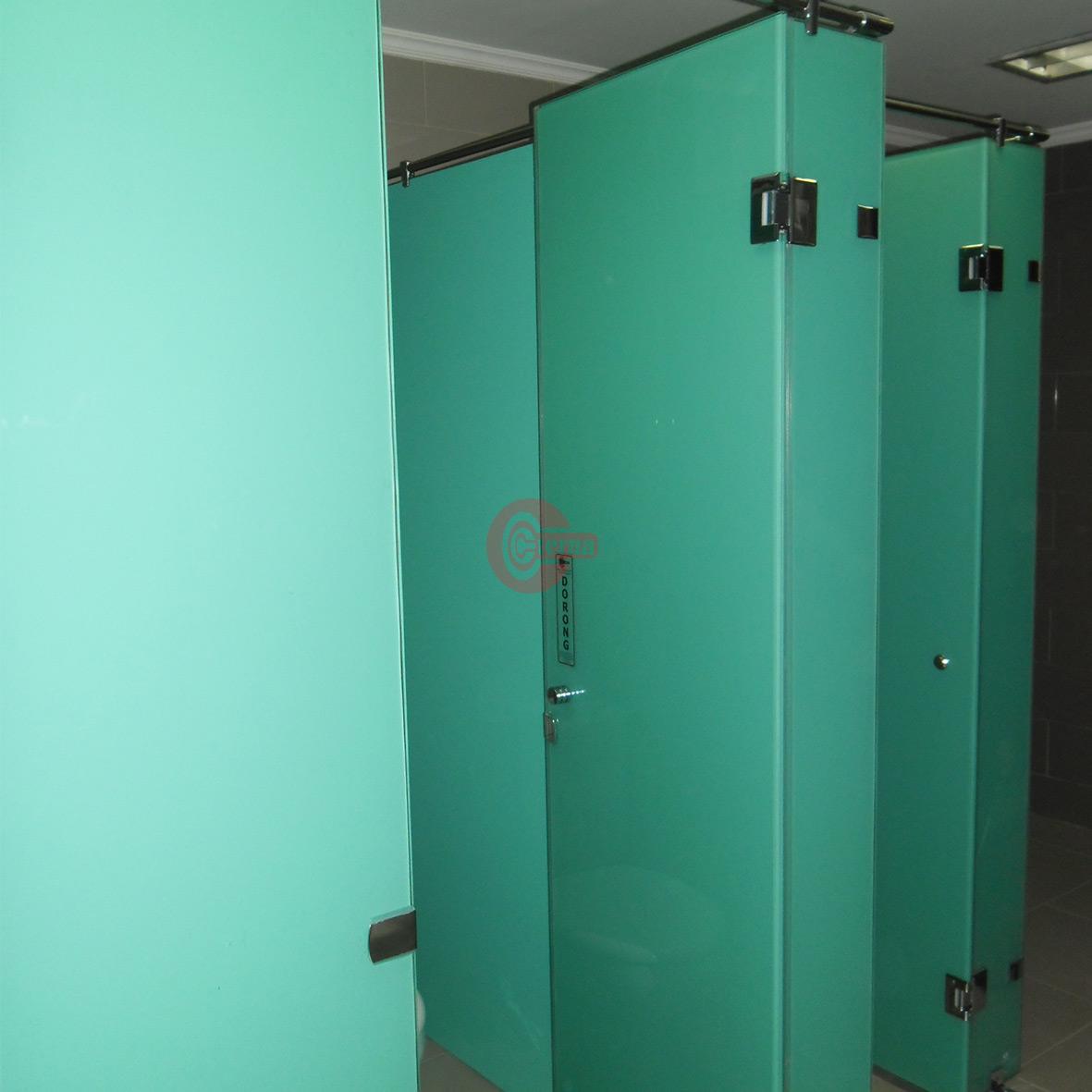 cubicle toilet semarang